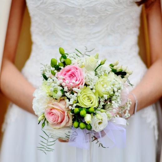 bridal-bouquet-3323903_1920